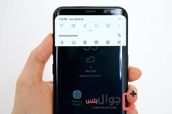 صور موبايل Galaxy S8 أثناء الاستخدام في اليد