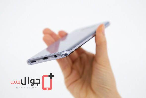 صور موبايل Galaxy S8 أثناء الاستخدام في اليد 4